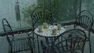 Bezramowa zabudowa balkonu - spokój i nieograniczony widok
